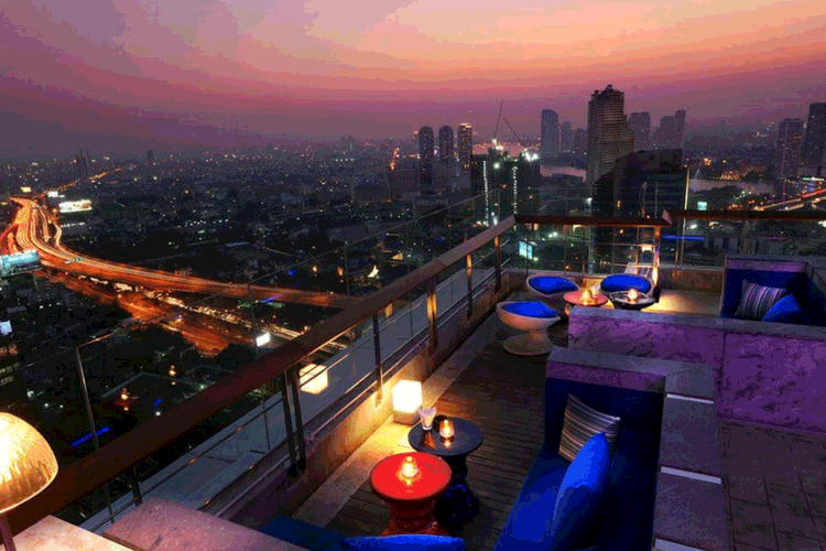 Zoom Sky Bar at Anantara Sathorn