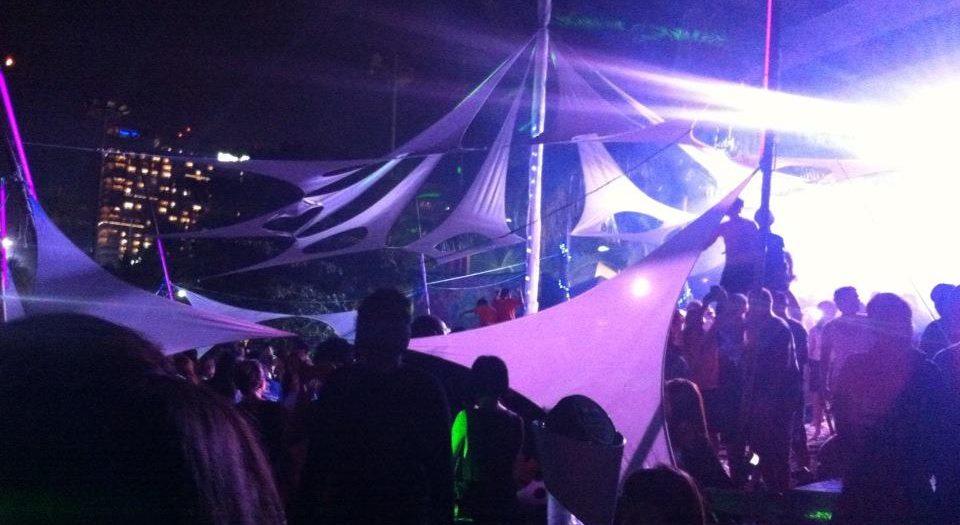 Pattaya beach parties are popular among bachelors visiting thailand